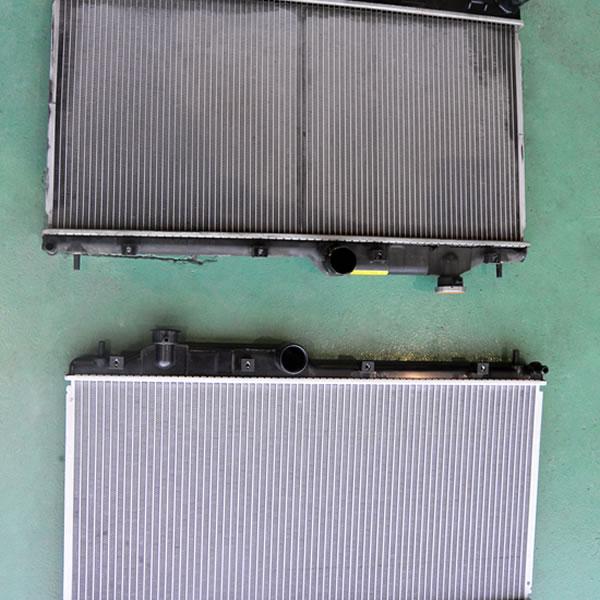 ラジエター冷却水漏れ修理 OEMラジエター交換