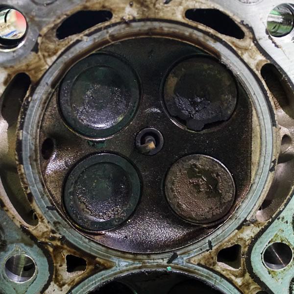 インテークバルブカーボン堆積清掃修理