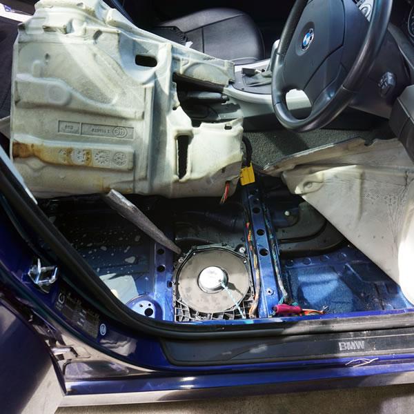 雨漏り・車内雨水侵入修理