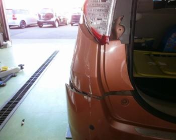 トヨタパッソセッテ事故修理