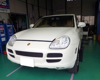 Porscheカイエン修理