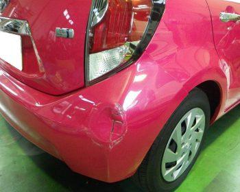 トヨタアクア事故修理