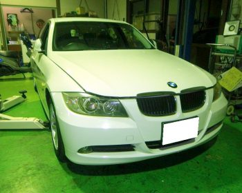 BMW320i点検②