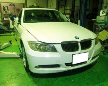 BMW320i点検①