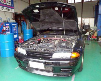 日産スカイラインGT-R修理
